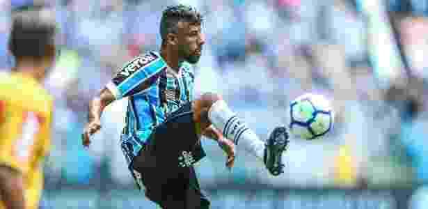 Léo Moura completará 41 anos atuando pelo Grêmio em 2019 e renovou contrato - Lucas Uebel/Grêmio