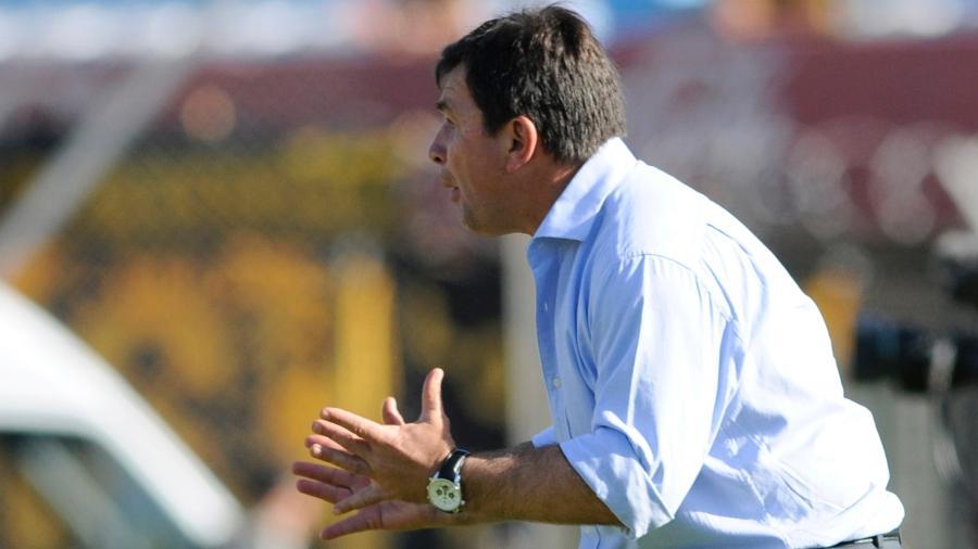 Jorge Giordano quando ainda treinava o Juventud de Las Piedras - Sandro Pereyra/LatinContent/Getty Images
