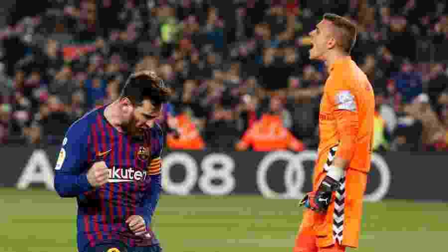 Messi comemora gol de pênalti contra o Valladolid pelo Campeonato Espanhol - Pau Barrena / AFP