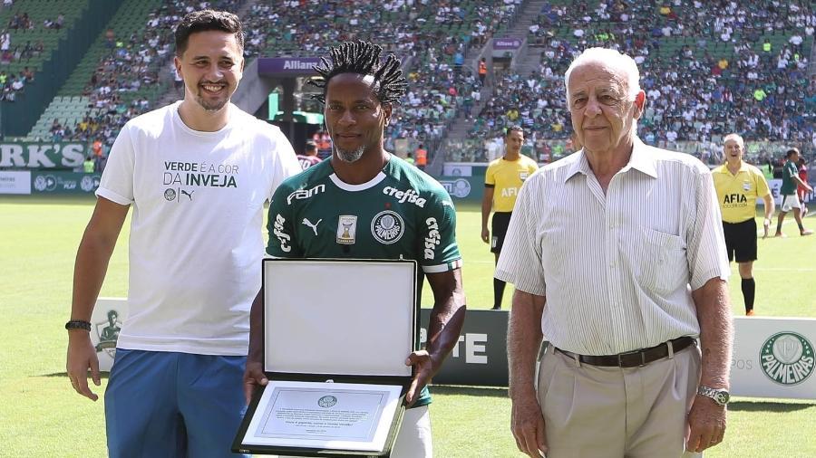 Seraphim del Grande (dir.) representou Palmeiras na despedida de Zé Roberto - Fabio Menotti/Ag. Palmeiras