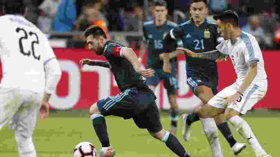 Argentina e Uruguai empataram em 2 a 2 em jogo amistoso, em Tel Aviv, nesta segunda-feira - EMMANUEL DUNAND/AFP