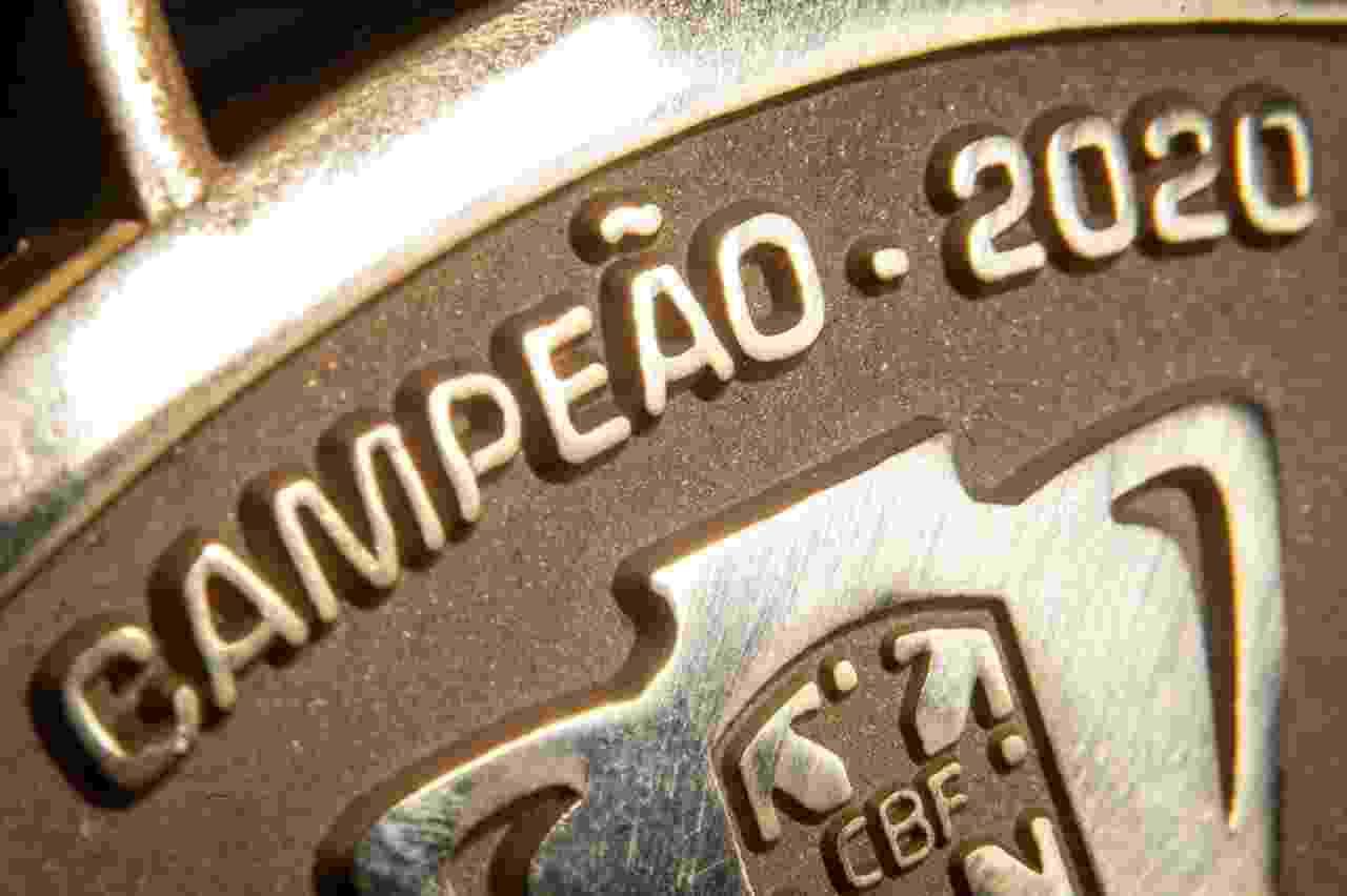 Detalhe da medalha de campeão da Copa do Brasil de 2020 - Staff Images/CBF