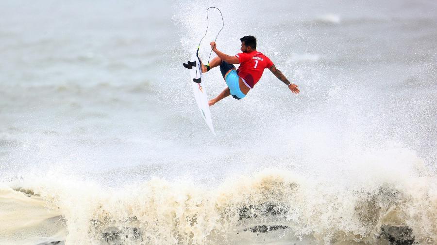 Ítalo Ferreira venceu sua bateria nas quartas de final das Olimpíadas  - REUTERS/Lisi Niesner