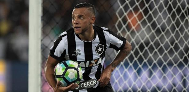 Guilherme pertence ao Grêmio, mas jogou último Brasileirão pelo Botafogo