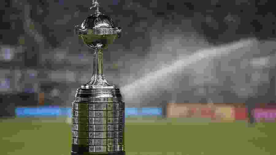 Troféu da Copa Libertadores é exposto antes da final de 2017 - Juan Mabromata/AFP