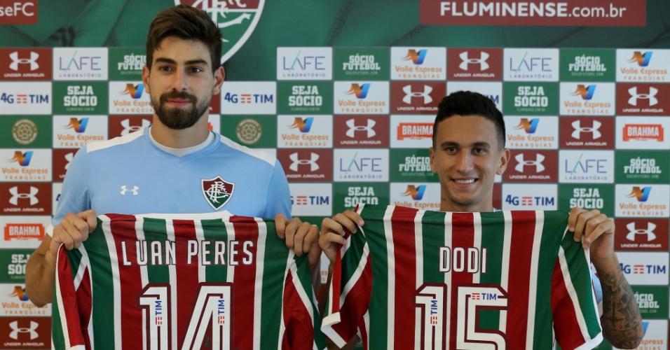 Luan Peres e Dodi são apresentados no Fluminense