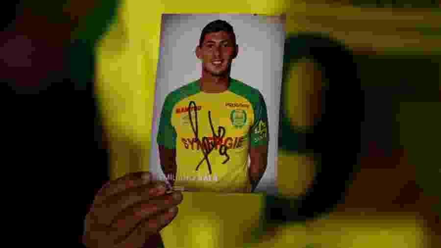 Autoridades ainda não confirmam se corpo resgatado pertence a jogador ou a piloto - Stephane Mahe/Reuters