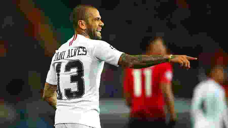 Dani Alves, lateral brasileiro - Robbie Jay Barrat/Getty Images