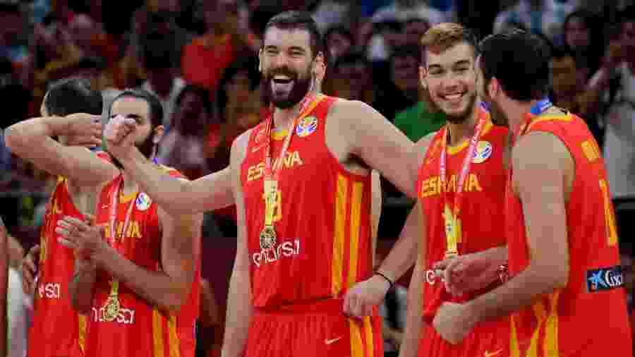 Marc Gasol celebra título mundial de basquete ao lado de companheiros - JASON LEE/REUTERS
