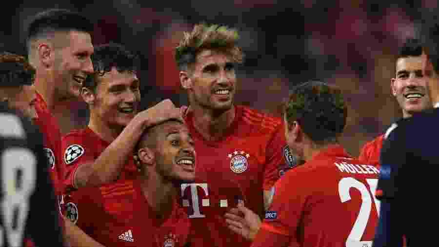 Bayern de Munique comemora gol contra o Estrela Vermelha pela Liga dos Campeões - Christof STACHE / AFP