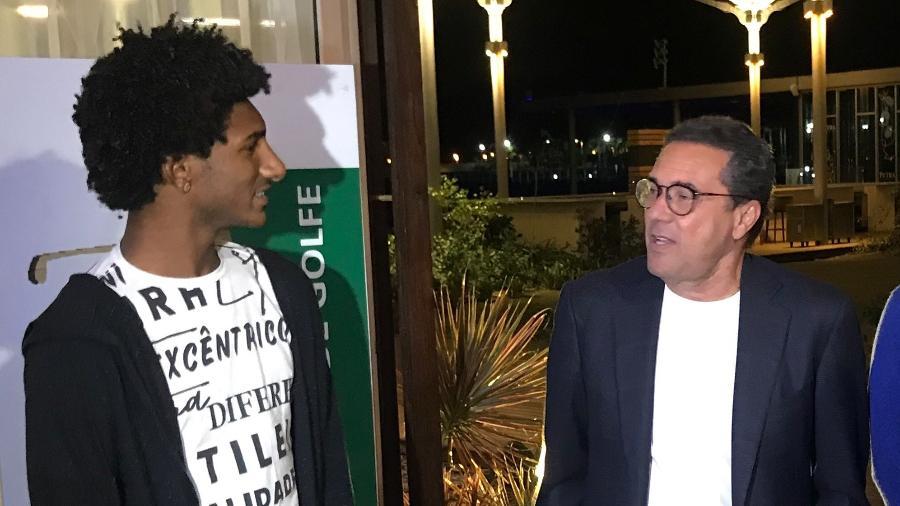 Talles Magno, de 17 anos, foi revelado nos profissionais do Vasco este ano pelo técnico Vanderlei Luxemburgo  - Bruno Braz / UOL Esporte
