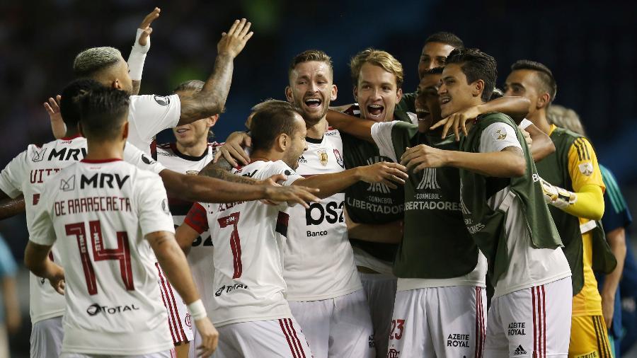 Jogadores do Flamengo comemoram gol de Everton Ribeiro contra Junior Barranquilla, pela Libertadores, em março - Luisa Gonzalez/Reuters