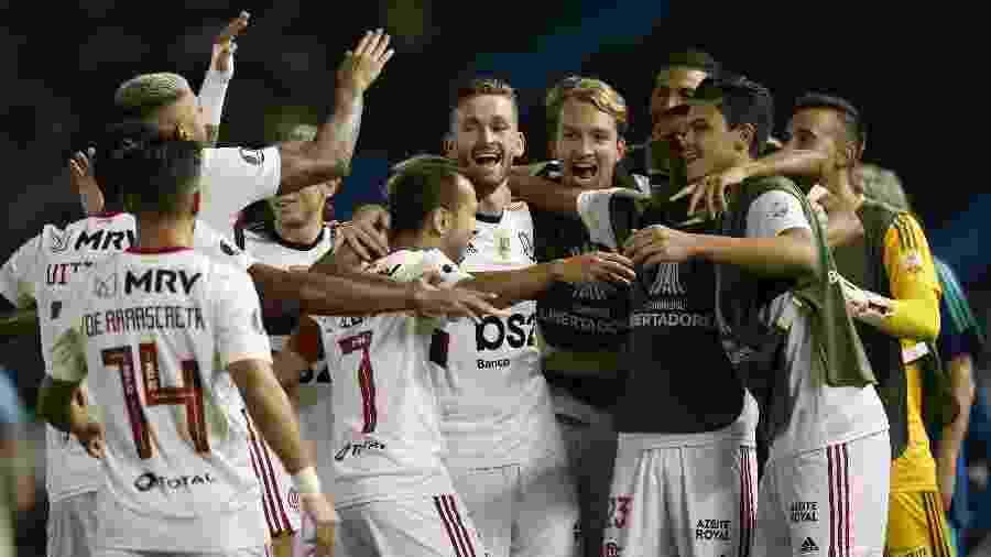Jogadores do Flamengo comemoram gol de Everton Ribeiro contra Junior Barranquilla - REUTERS/Luisa Gonzalez