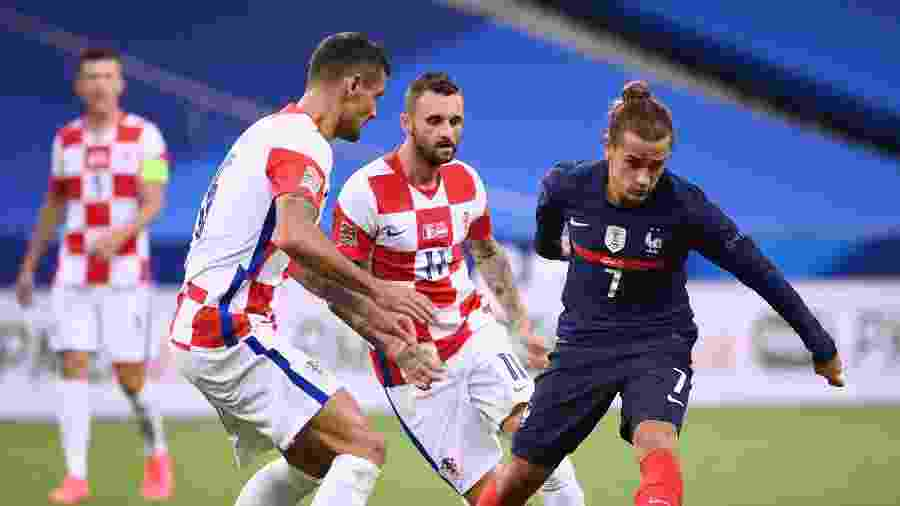O atacante Antoine Griezmann em partida entre França e Croácia pela Liga das Nações - FRANCK FIFE / AFP