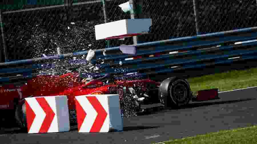 Sebastian Vettel escapa da pista após uma falha nos freios de sua Ferrari em Monza - Florent Gooden/DPPI/FIA Pool