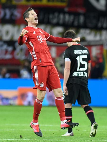 Lewandowski garantiu a vitória do Bayern de Munique no Campeonato Alemão - BERND THISSEN/AFP