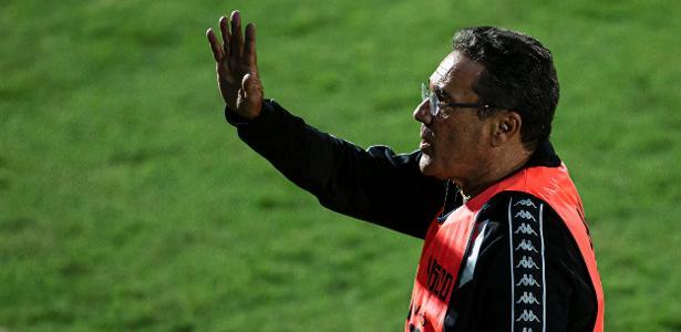 Luxemburgo confirma contato de mecenas e mensagem de presidente do Cruzeiro