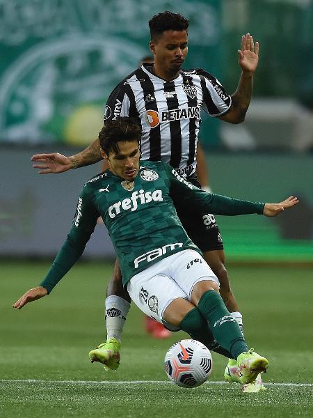 Raphael Veiga em lance de Palmeiras x Atlético-MG, pela ida da semifinal da Libertadores 2021 - Staff Images / CONMEBOL