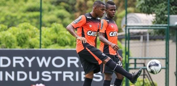 Dupla Robinho e Cazares é a grande atração do Atlético-MG contra a URT