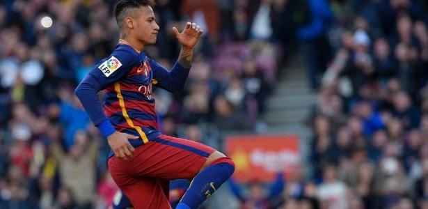Neymar tem contrato com o Barcelona até julho de 2018 - AFP PHOTO / LLUIS GENE