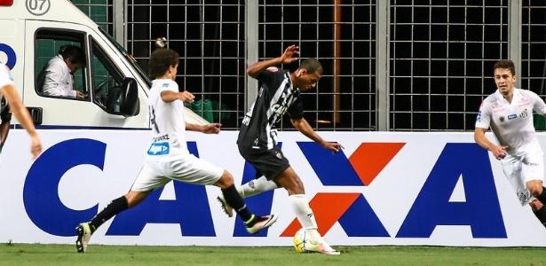 Lucas Cândido já tem espaço garantido no elenco principal do Atlético-MG