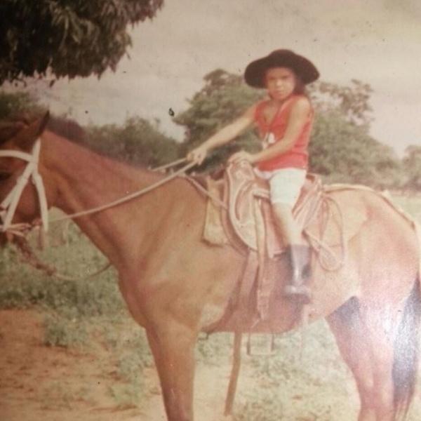 Especial Amanda Nunes - Amanda Nunes posta foto de quando era criança