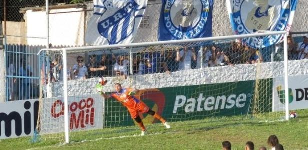 Juninho, goleiro da URT, foi alvo de brincadeira do Fantástico