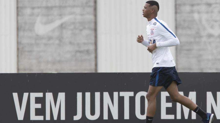Carlinhos em treino do Corinthians; atacante vai enfrentar o La Coruña - Daniel Augusto Jr/Agência Corinthians