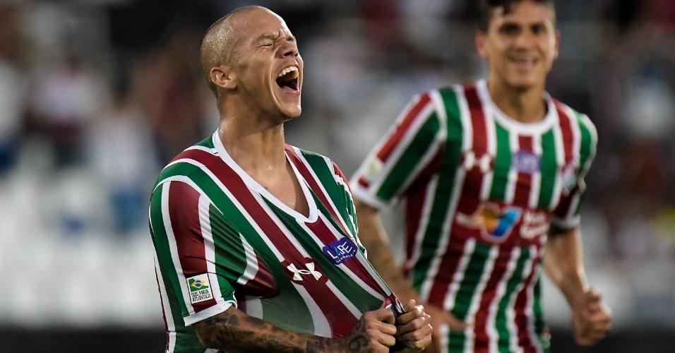 O atacante Marcos Júnior comemora gol do Fluminense diante do Salgueiro, pela Copa do Brasil