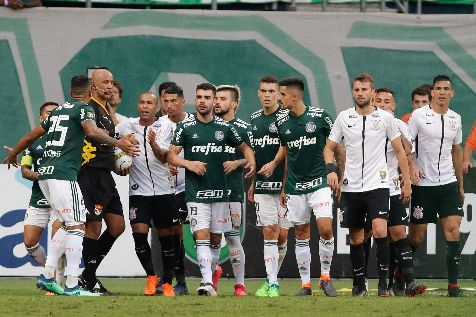 Julgamento de recurso do Palmeiras sobre final do Paulistão é adiado no TJD  - 04 06 2018 - UOL Esporte 24999ef7d762a