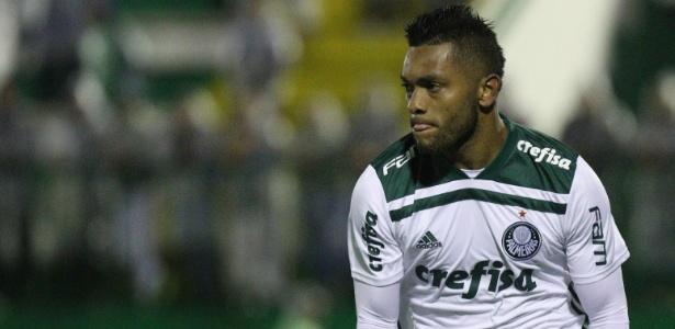 021dc02c6e Bruno Henrique e Borja não vão a campo em último treino do Palmeiras ...