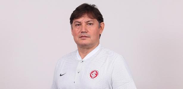Marcos Biasotto, 49 anos, assume função para aproximar base do elenco principal - Ricardo Duarte/SC Inter