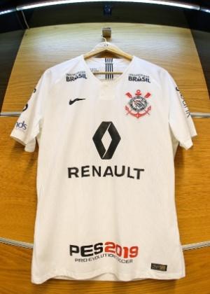 21eb8aa0af8e3 Corinthians acerta patrocínio pontual com Renault e fatura R  1 mi na final