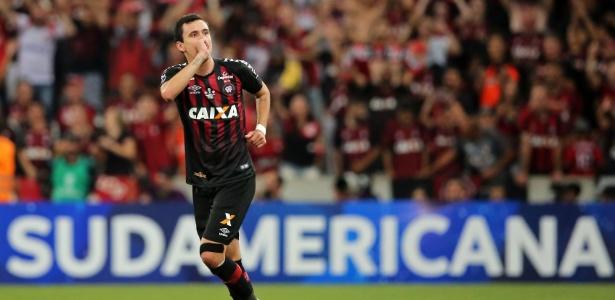 Atacante do Furacão foi decisivo para a conquista da Sul-Americana deste ano - Heuler Andrey / AFP