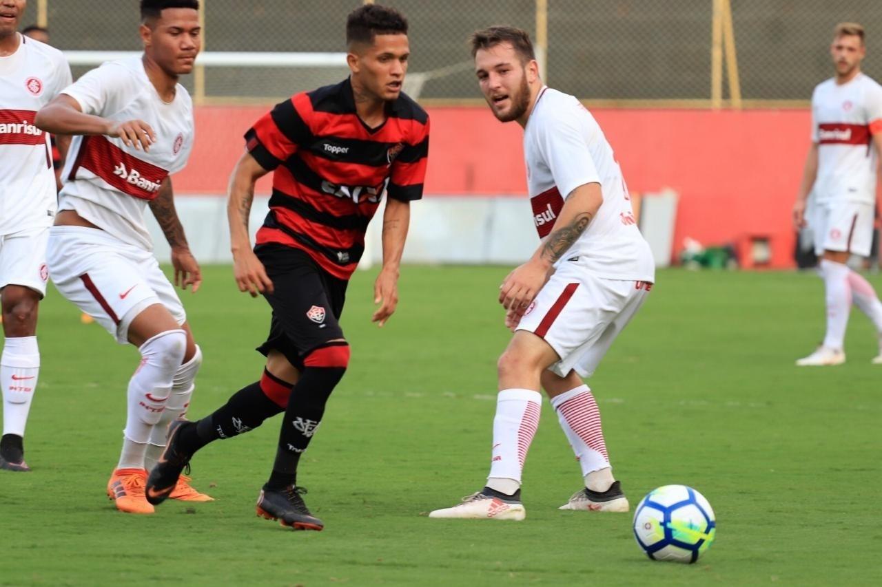 Rafael, meia que é destaque das categorias de base do Vitória
