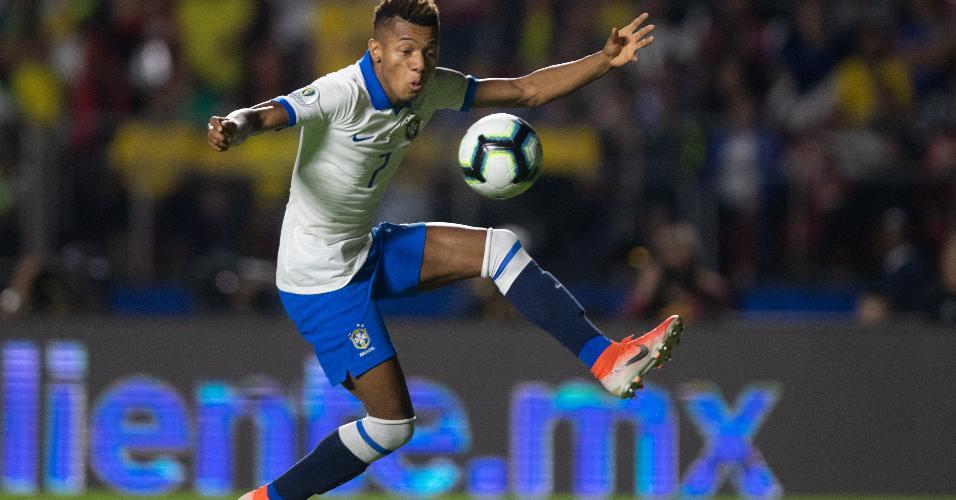 David Neres, durante partida entre Brasil e Bolívia