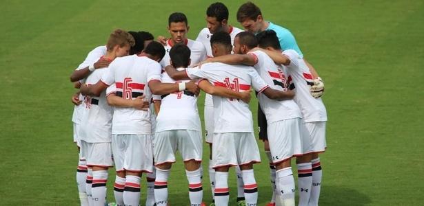 São Paulo com o título da Copa do Brasil Sub-20 em 2015