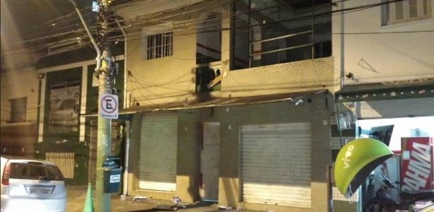 Foto tirada por um dos proprietários de bares da região do estádio mostra nova sede