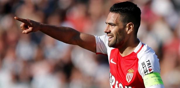 Falcao Garcia comemora após fazer o gol da vitória do Monaco sobre o Angers