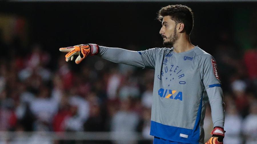 Goleiro falou sobre interesse pelo engenharia e do desejo de inspirar crianças com os estudos - Marcello Zambrana/Light Press/Cruzeiro