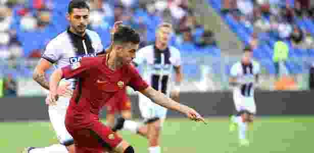 Stephan El Shaarawy foi o destaque da vitória da Roma no Campeonato Italiano - VINCENZO PINTO/AFP