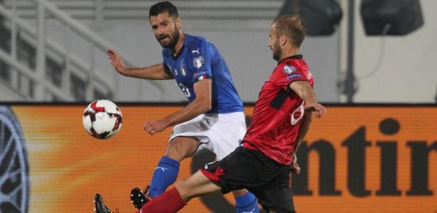 Candreva fez o gol da Itália contra a eliminada Albânia