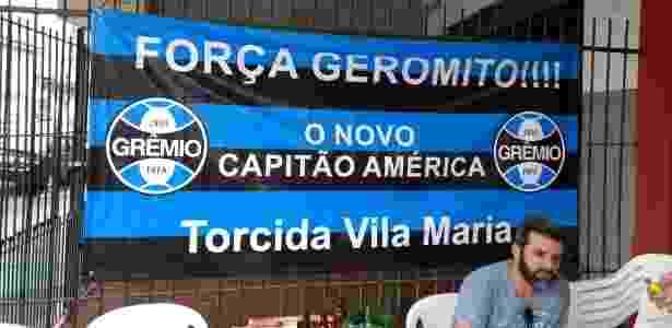 Amigos Geromel faixa - Adriano Wilkson/UOL - Adriano Wilkson/UOL