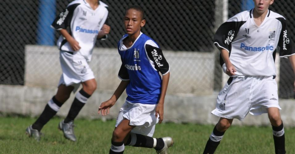 Neymar, em 2006, quando jogava na categoria sub-15 da base do Santos