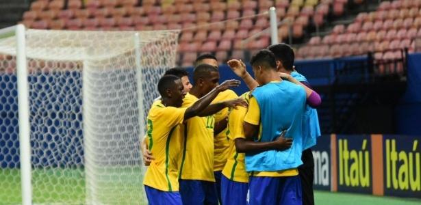 Seleção empatou em 1 a 1 jogo-treino com o México. Neste domingo terá amistoso