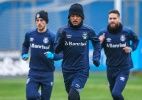 Grêmio improvisa volante na zaga e pode ganhar opção em posição carente - Lucas Uebel/Grêmio