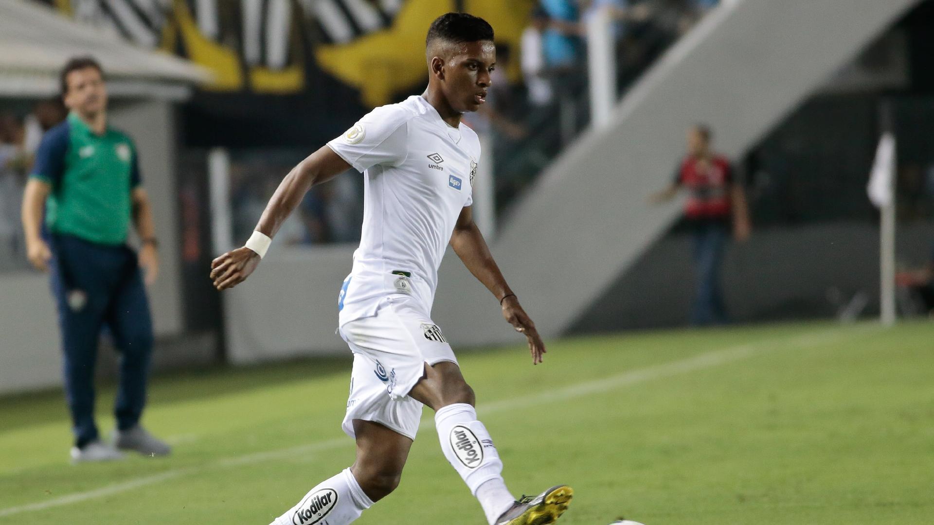 Rodrygo, durante jogo entre Santos e Fluminense
