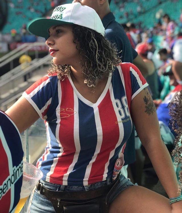 Maria Ribeiro, torcedora do Bahia