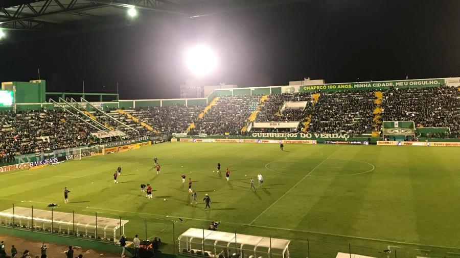 Arena Condá não lotou para o duelo entre Chapecoense e Atlético-MG pela Copa do Brasil - Victor Martins/UOL Esporte