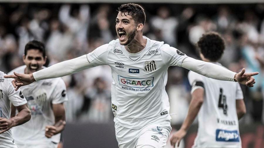 Gustavo Henrique comemora seu gol pelo Santos contra o Goiás, na arrancada do primeiro turno - Ivan Storti/Santos FC